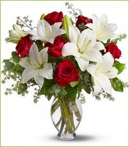 Các loại hoa cắm chung với hoa hồng đẹp nhất